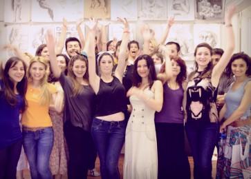 arkhe sanat-kurs fotoğrafları-model ile öğrenciler
